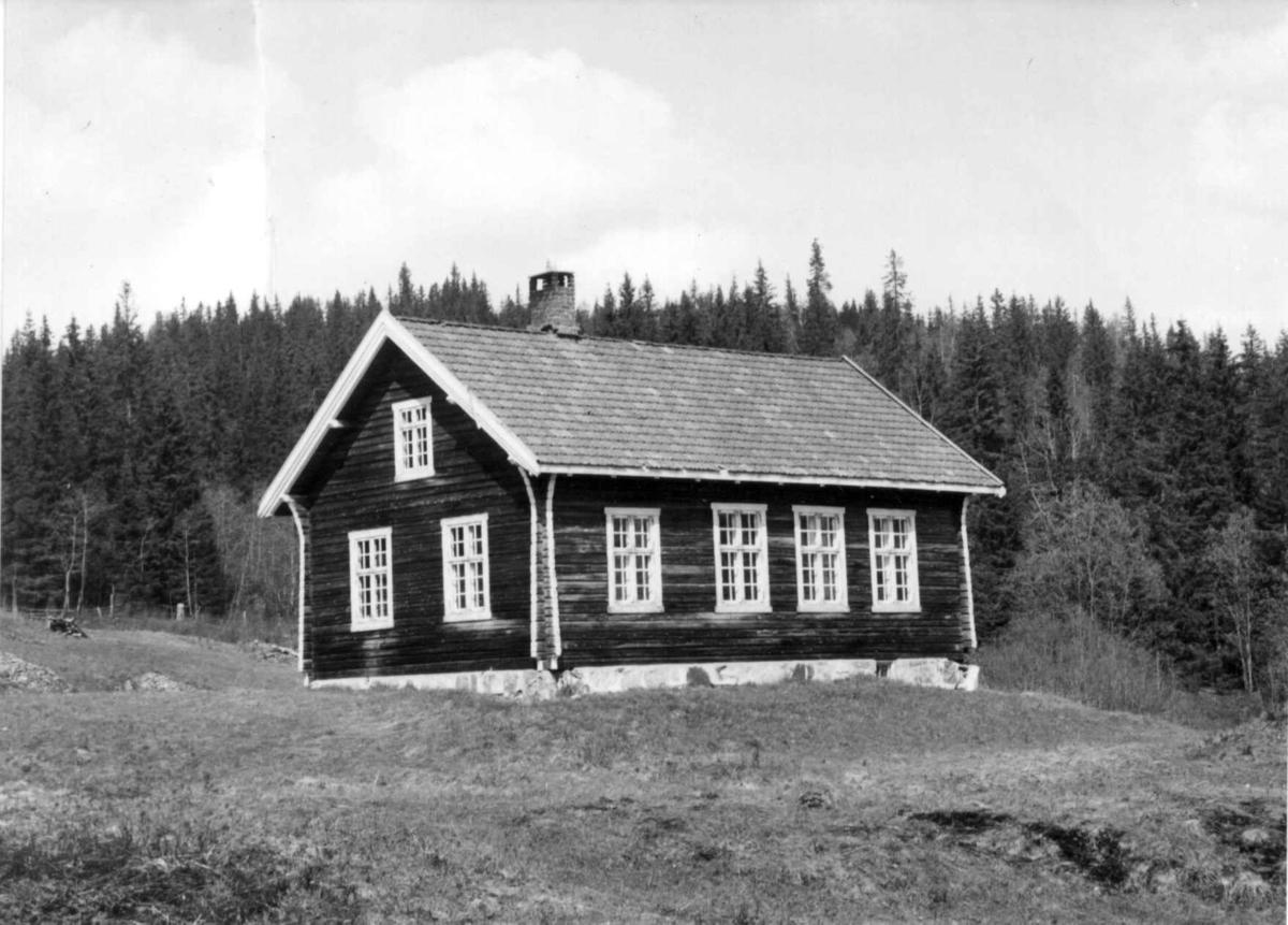 Folkeskole ved Botolfs ved Glitrevatn - Sylling - Lier - Buskerud Nedlagt. Fot. Hilmar Stigum 1960