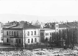 Meltzers gate 9, Oslo, Holters Gård, april 1899.