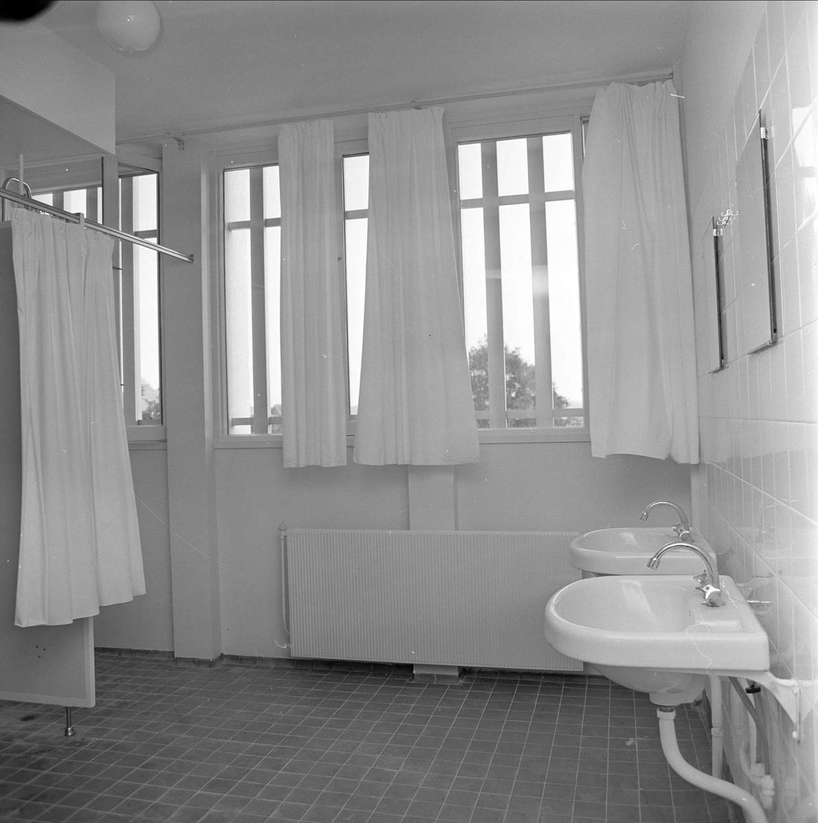 Drammen, oktober 1962. Nytt kretsfengsel. Vaskerom.