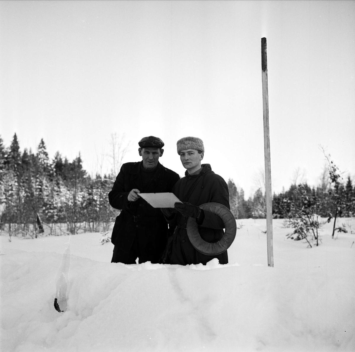 Sannolikt lantmätare, Söderfors, Uppland 1967