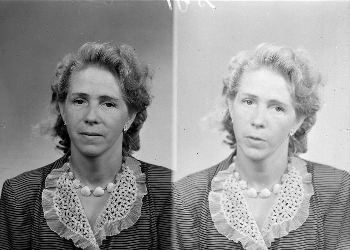 Ateljéporträtt - kvinna, Uppsala juli 1948