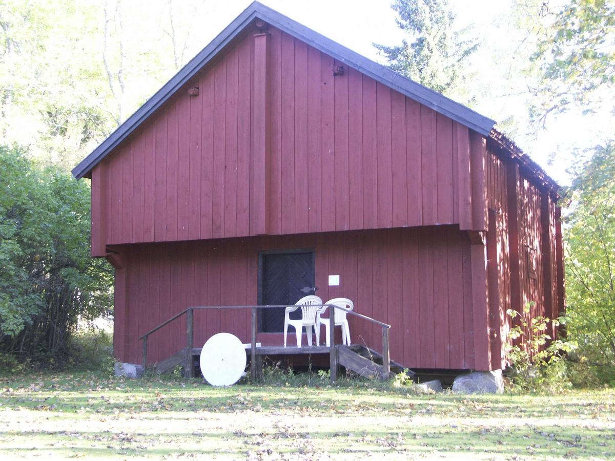 Tiondebod på Gammel-Gränome herrgård, Gränome, Stavby socken, Uppland september 2004