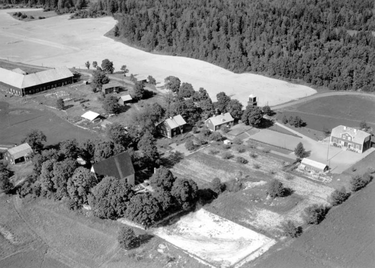 Flygfoto över Bladåker, Bladåkers socken, Uppland 1952