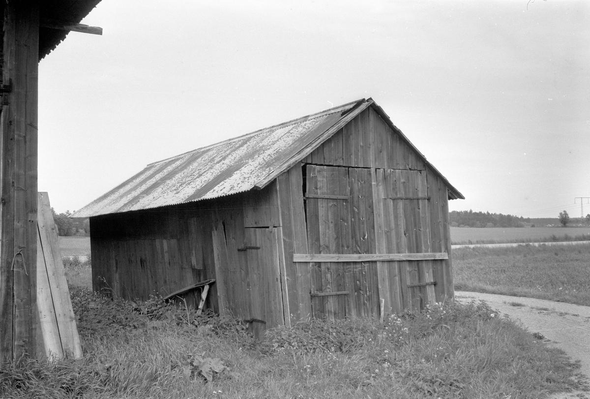 Traktorgarage, Fullerö 33:9, Ekeby Gamla Uppsala socken, Uppland 1977