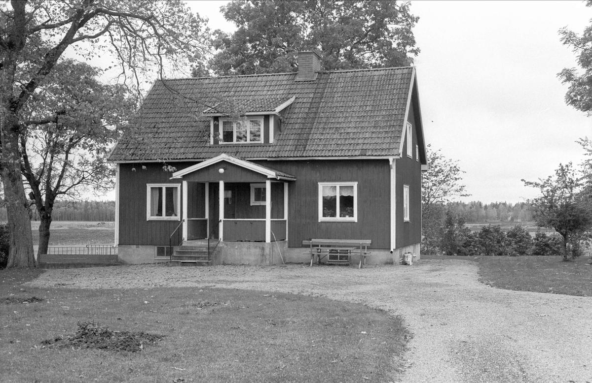 Bostadshus, Brogården, Oxsätra, Bälinge socken, Uppland 1983