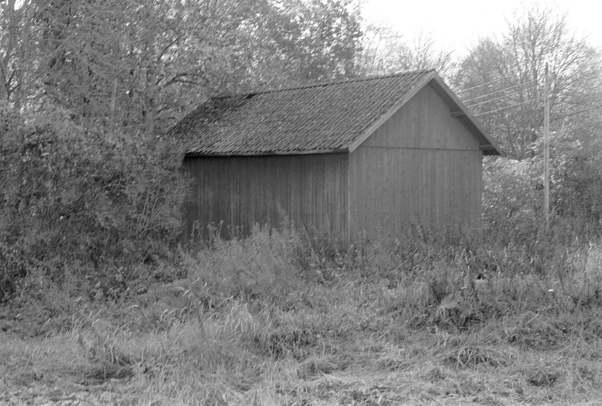 Lider, Järlåsa prästgård, Kyrkbyn, Järlåsa socken, Uppland 1984