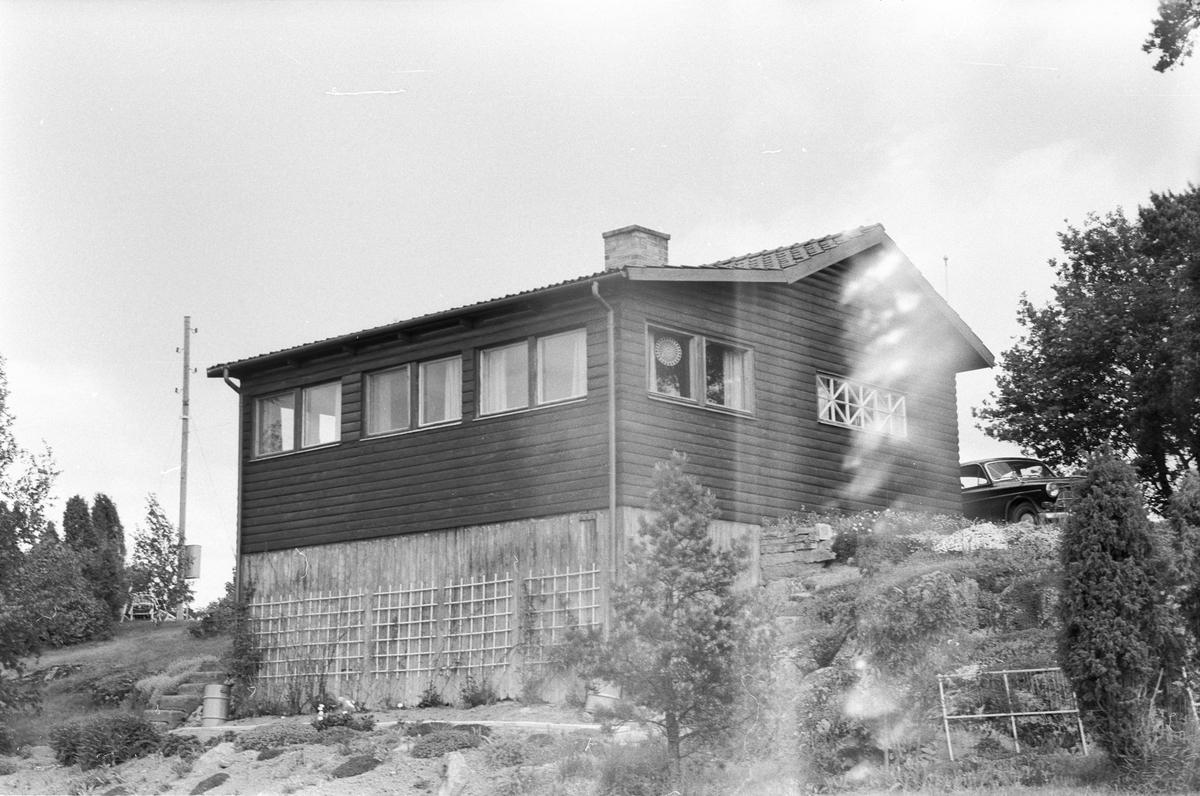 Sommarbostad, Österby 6:1, 7:1 med flera, Läby socken, Uppland 1975