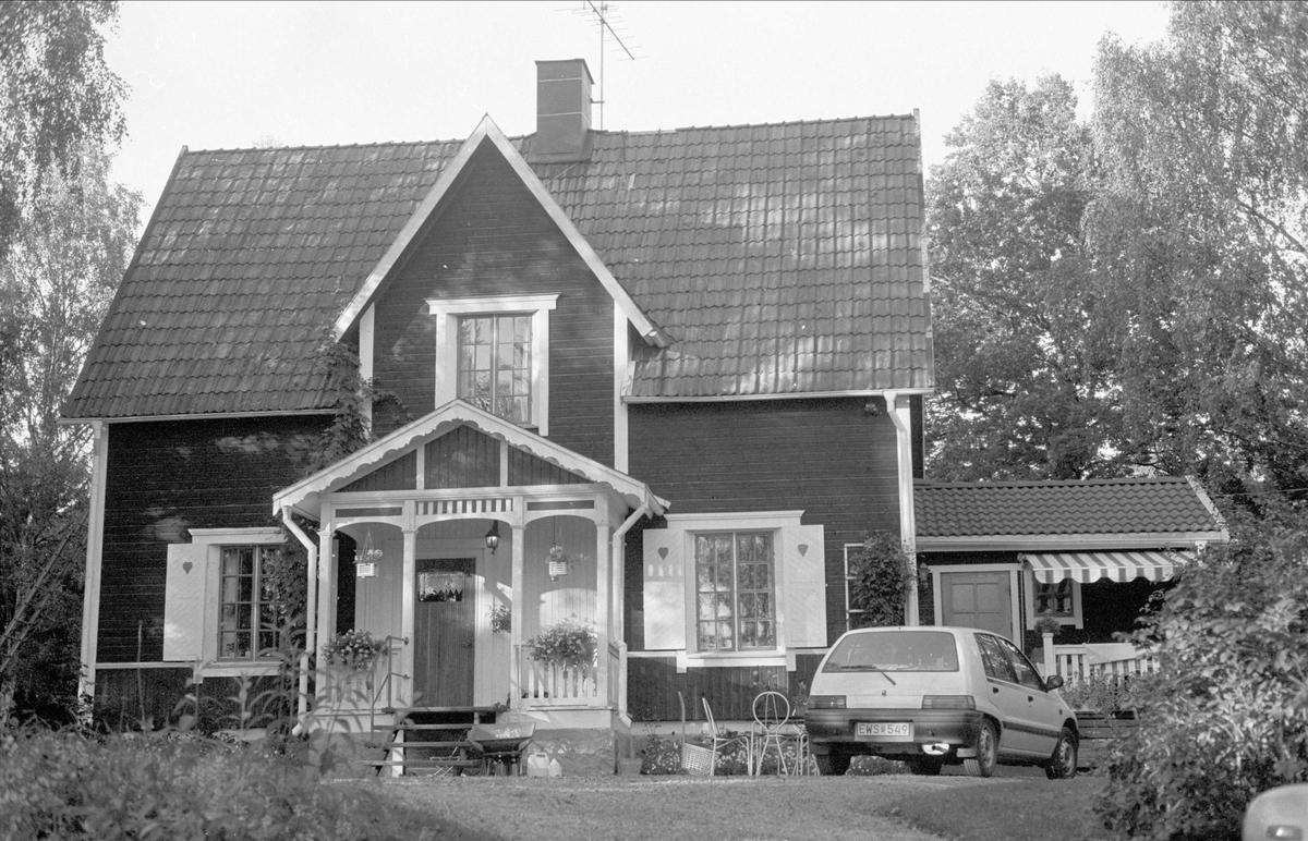 Bostadshus, Björka, Lövsta, Almunge socken, Uppland 1987