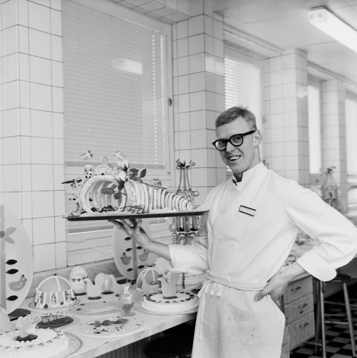 Gesällprov på Konditorfackskolan, Västertorg, Uppsala, april 1962