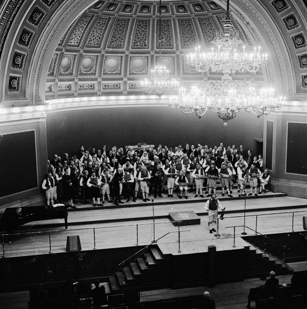 Spelmansstämma i Universitetshusets aula, Uppsala oktober 1961