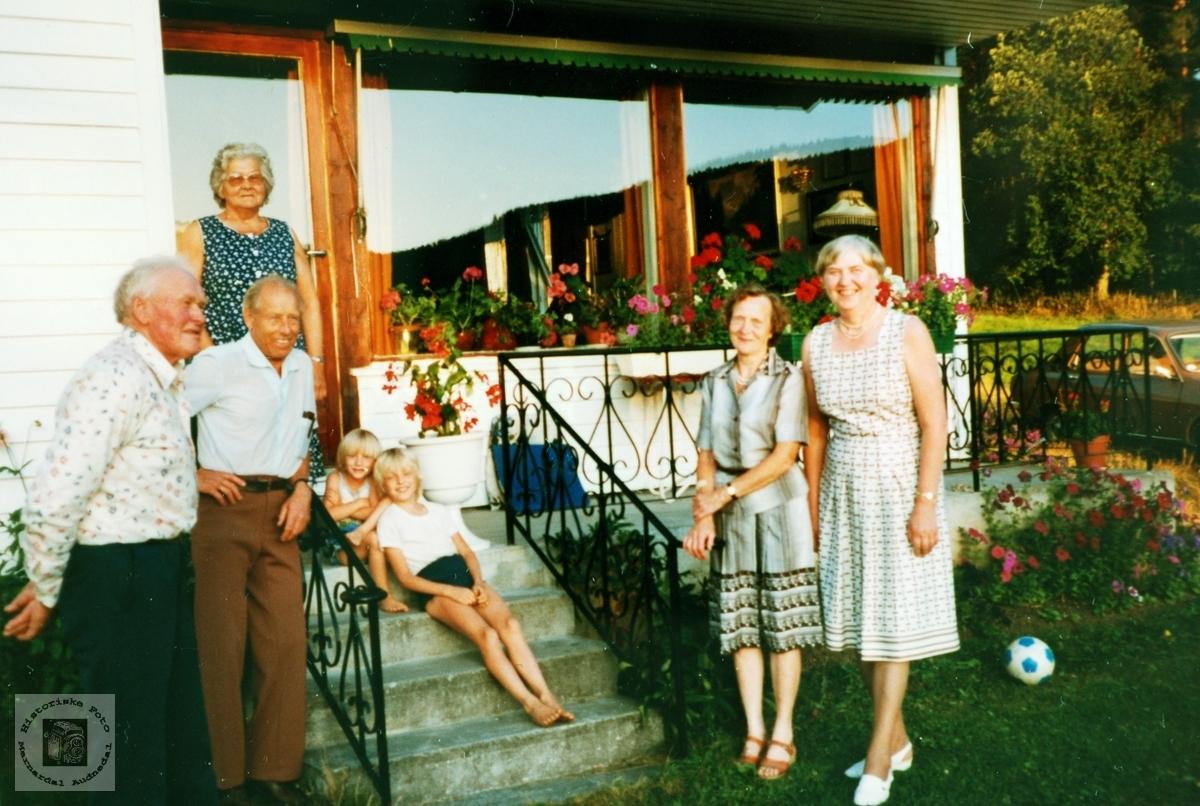 """Familietur til """"Støylen"""" Hornnes."""