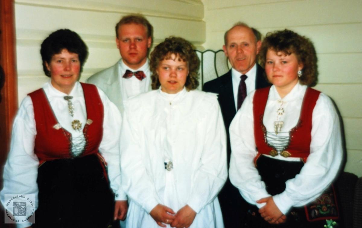 Familiebilde av familien Werdal. Audnedal.