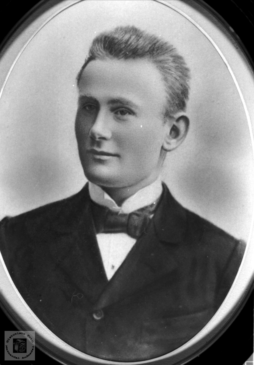 Portrett av Daniel J. Hønneland, Laudal.