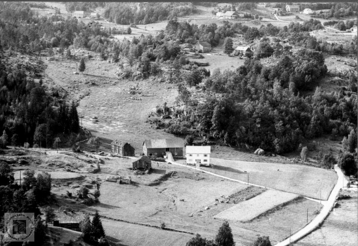 Gammet hus eller gammel gard. Sangesland i Laudal.