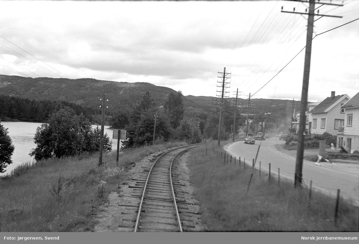Jernbanen rett nord for Evje stasjon