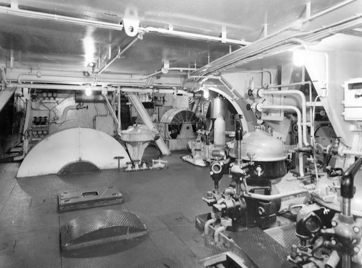 Interiör från maskinrum på fartyg 125 M/S Point Lacre.