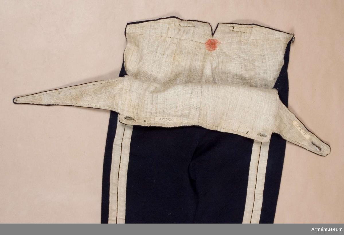 Grupp C I. Byxor, go 26/7 1815 (Göta livgarde), modell:  Livgardesregementenas till fot. Ur uniform sammansatt av persedlar från olika regementen.