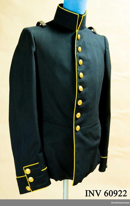 Samhörande nummer är AM.060922-5, uniformspersedlar.  Grupp C I.