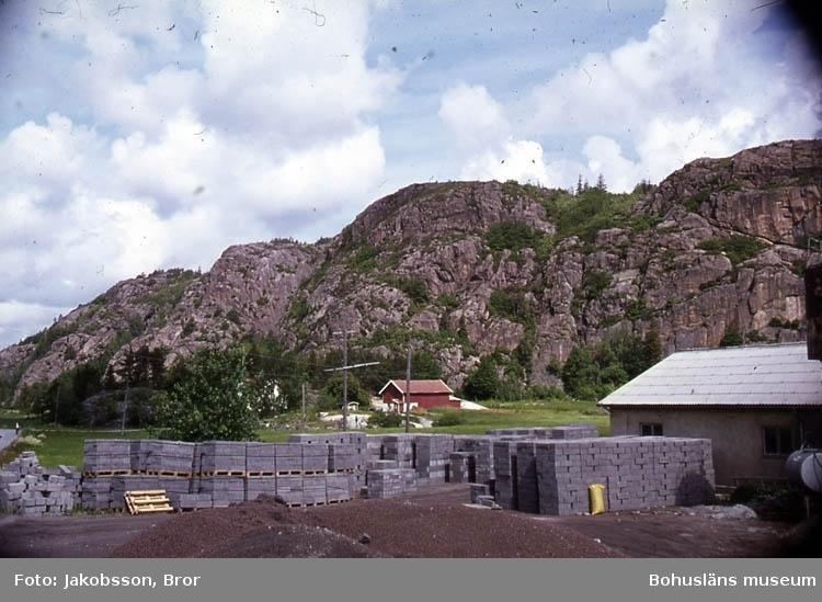 """""""Cementgjuteri med Buråsens höjder""""."""