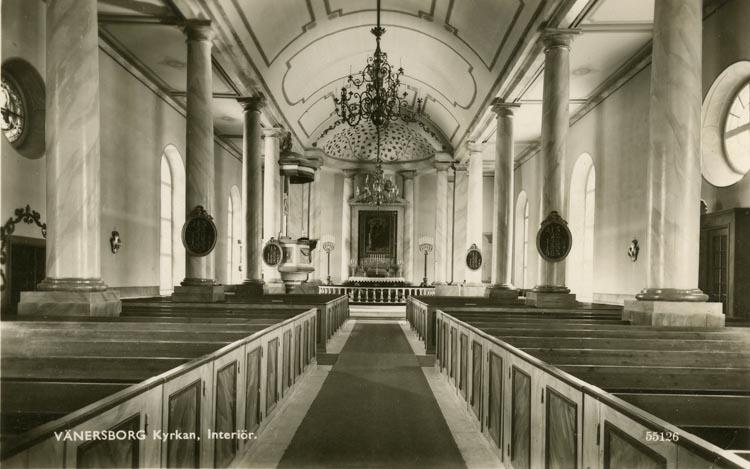 Notering på kortet: Vänersborg. Kyrkan. Interiör.