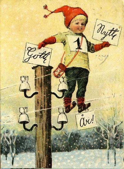 Gott Nytt År!-hälsning. Tomtenisse som klättrat upp i en telefonstolpe och står på telefonledningen.