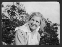 Cintra Kay Sundsby säteri  1920