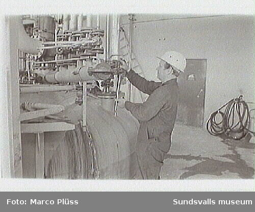 Stockviksverken. 4-10 Vy , nedre fabriken,10 Formalinfabriken,11 Mässen,14-19 Lagringstankar för vinylklorid.