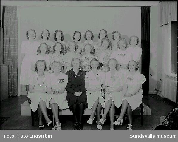 Flickskolan, grupporträtt, examen.