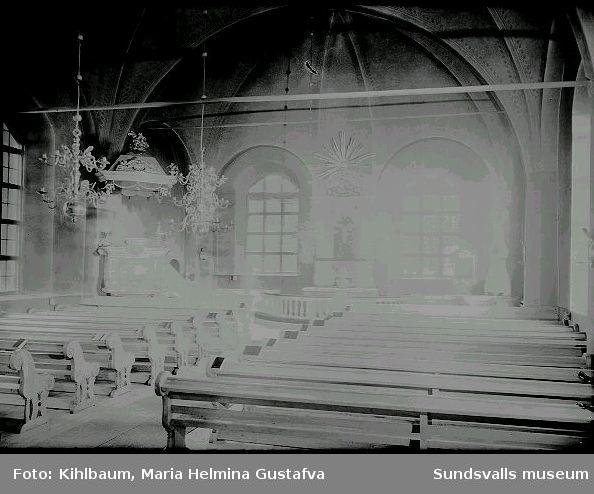 Interiör, kyrka.