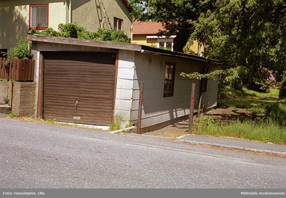 Garage tillhörande villa på Matildebergsgatan 29, Pantern 15, 1997-06-11.