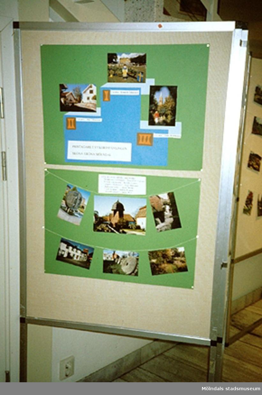 Utställning av vykortstävling.