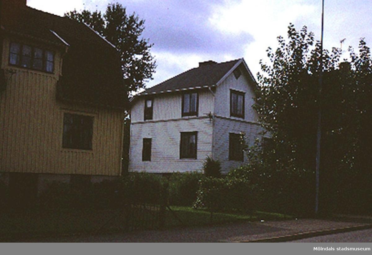 Bostadshus.Barnhemsgatan 17, Nejonögat 12, Broslätt 1990.