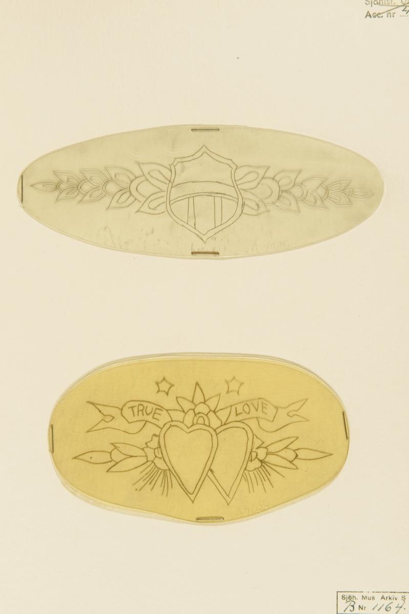 """Tatueringsförlaga. Två olika motiv. 1. En sköld mot bakgrund av en blomstergirland. 2. Två hjärtan mot bakgrund av en blomstergirland och en banderoll med påskriften """"TRUE LOVE"""". Överst två stjärnor."""