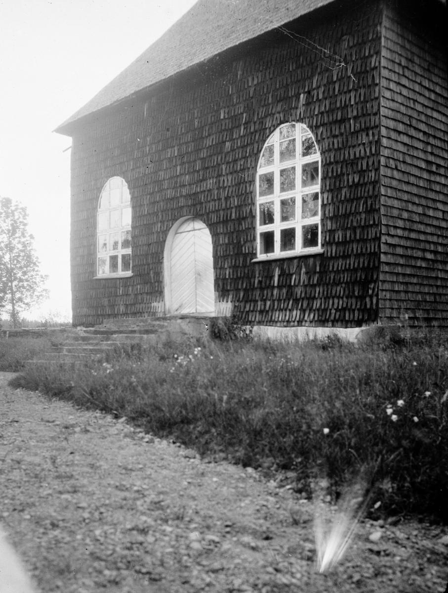 Oidentifierad kyrka Spånklädd kyrka Exteriör