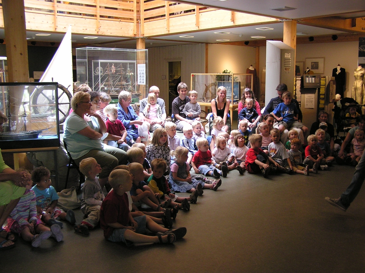 Dukketeater på Berg-Kragerø Museum. Dato Juli 2006