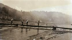 Fløtere i arbeid, 27.08.1926.  Tinnålensa, kleivene på Notod