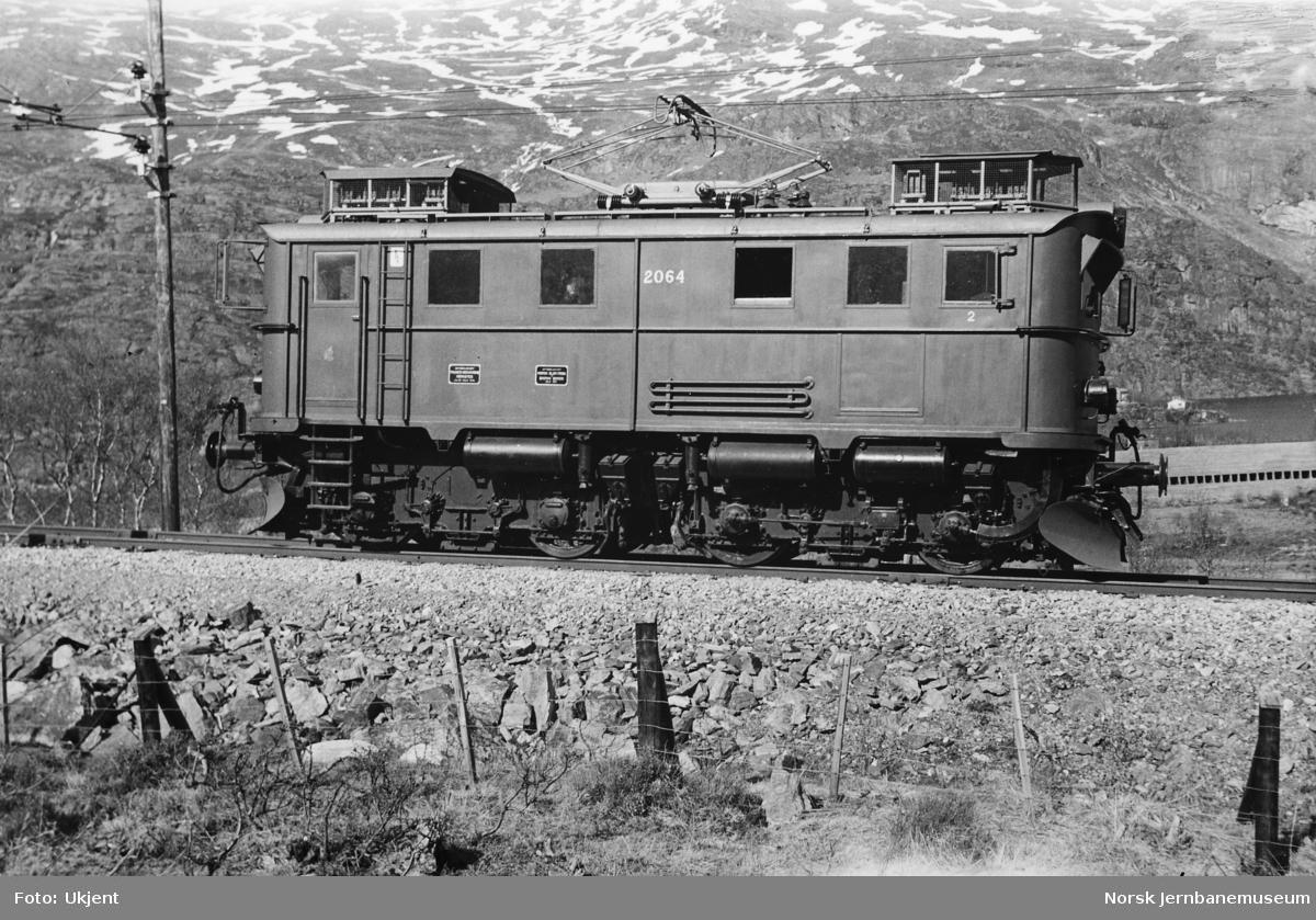 Elektrisk lokomotiv El 9 nr. 2064 på Flåmsbana