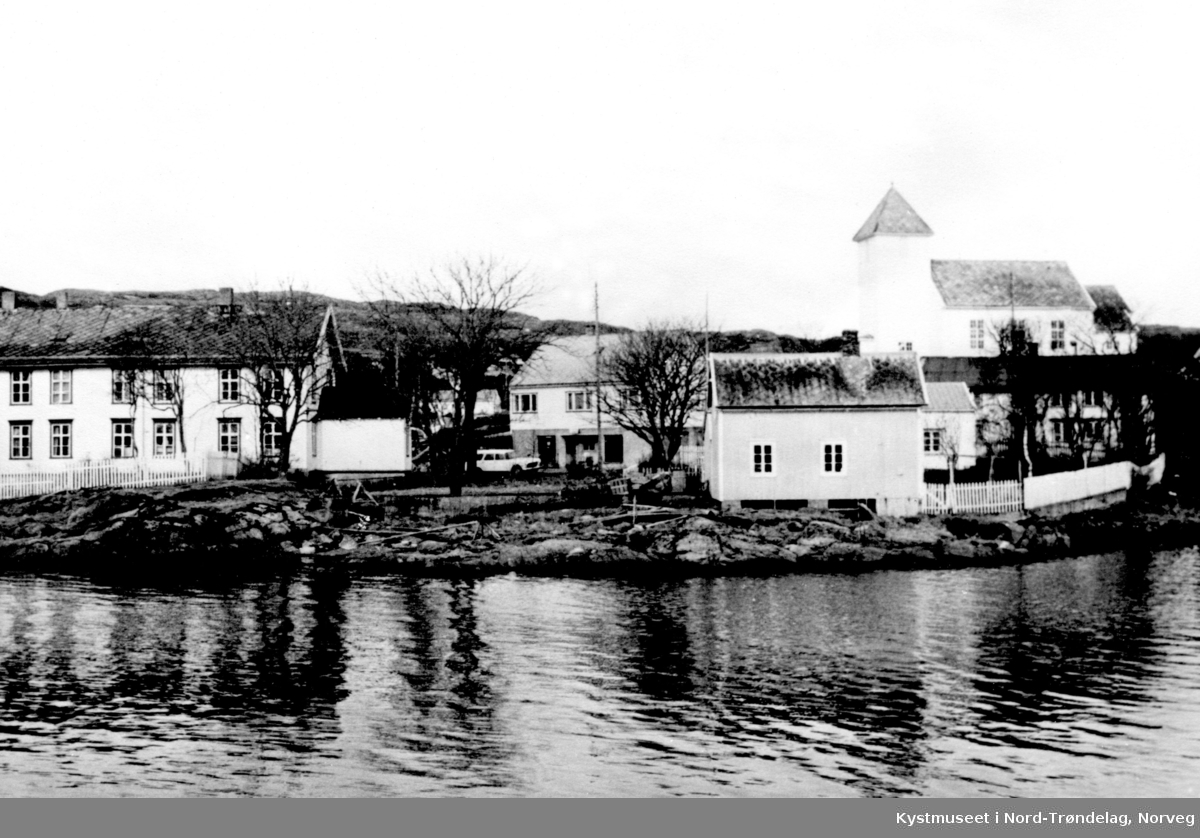 Rørvik Kapell og Berggården