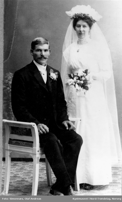 Hanna Haraldsøy og Petter Edvin Holm, Brudebilde