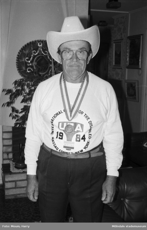 Nikolaj Babkin, Kållered, OS-medaljör i bågskytte, år 1984.   För mer information om bilden se under tilläggsinformation.