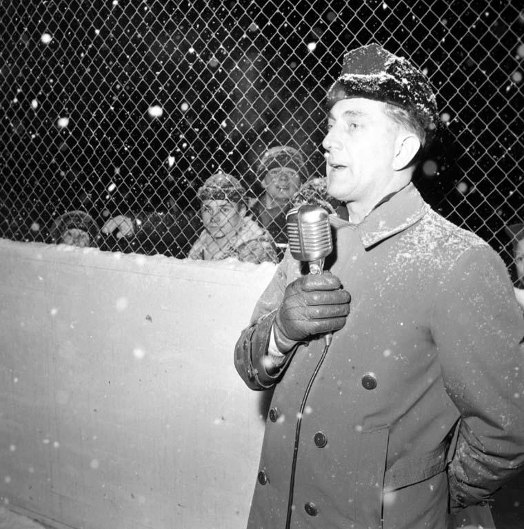 """Enligt notering: """"Odinsborg inviges 12/1 1960""""."""