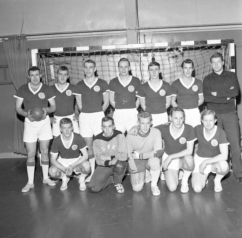 """Enligt notering: """"Handboll G F K U H K dec 1960""""."""