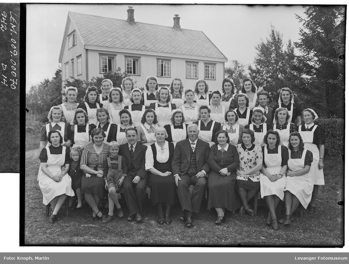 Elever ved Sund Folkehøgskole II