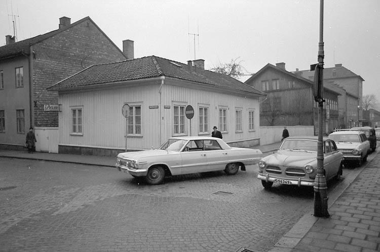 """Text till bilden:""""Kålgårdsbergsgatan-Lagerbergsgatan"""" Samhör med bild 84 i album 1."""