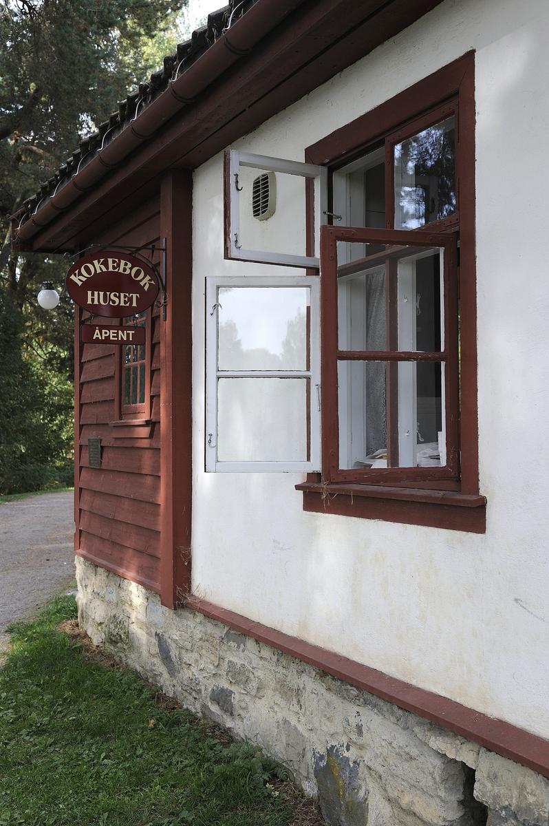 Kulturminnedagen 2013 og Hestensdag 2013 på Domkirkeodden. Kokebokhuset i Rosenlundsvika.