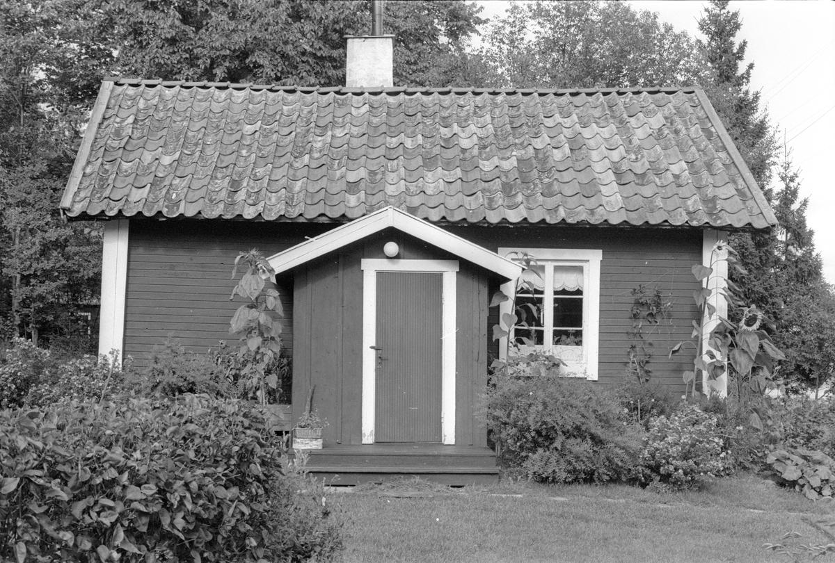 Sidokammarstuga, Lena-Brunna 1:12, Grodarna, Lena socken, Uppland 1978