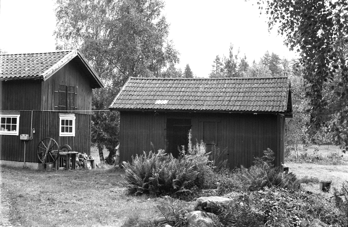 Uthus, Lugnet, Ingvasta 4:4, Rasbokils socken, Uppland 1982