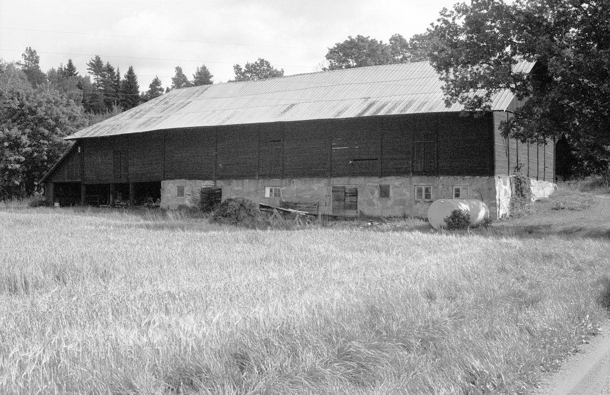 Ladugård, Västersta 1:6 A, Rasbo socken, Uppland 1982