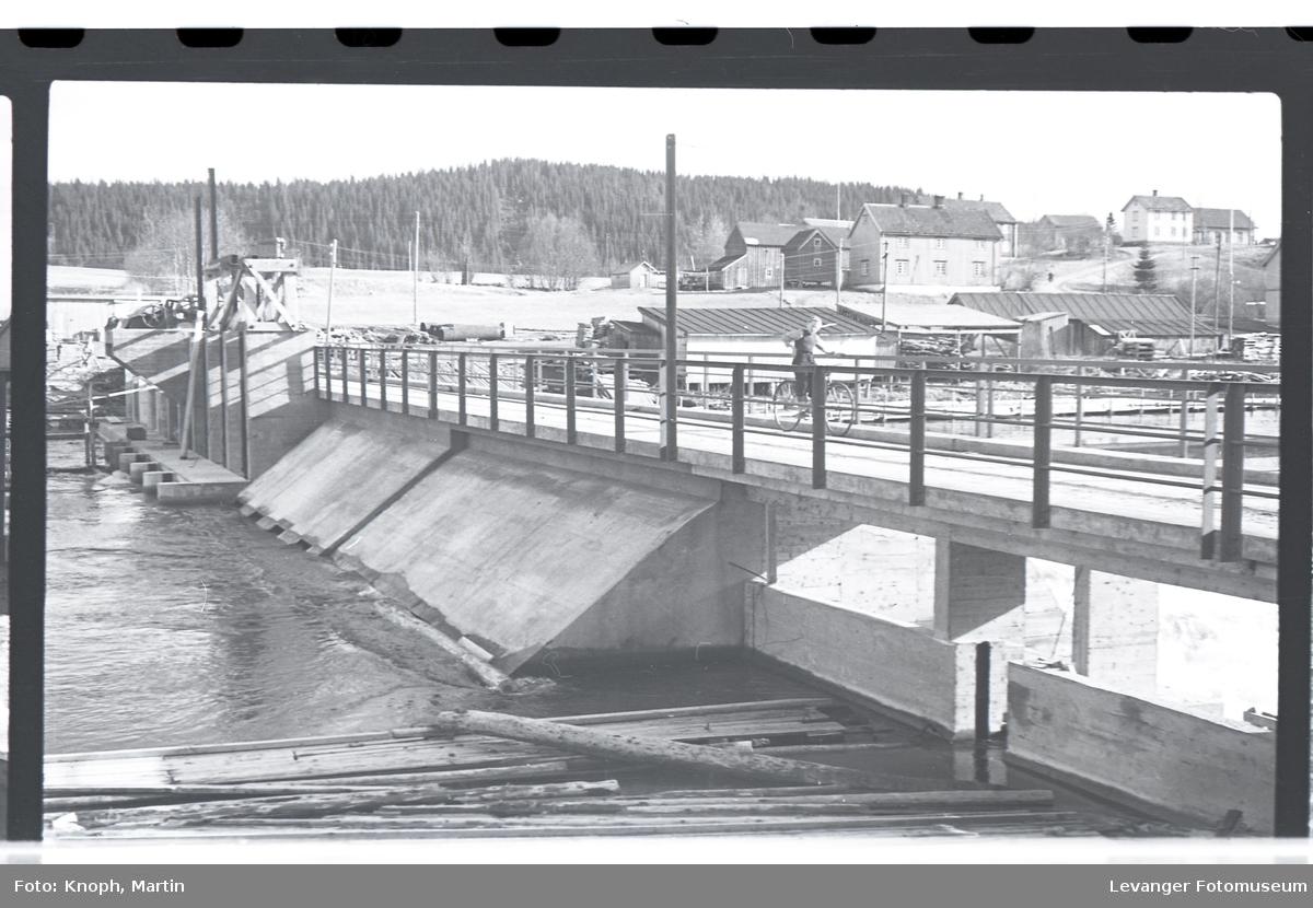 Helge-Rein-By-bruk ved Byafossen  IV