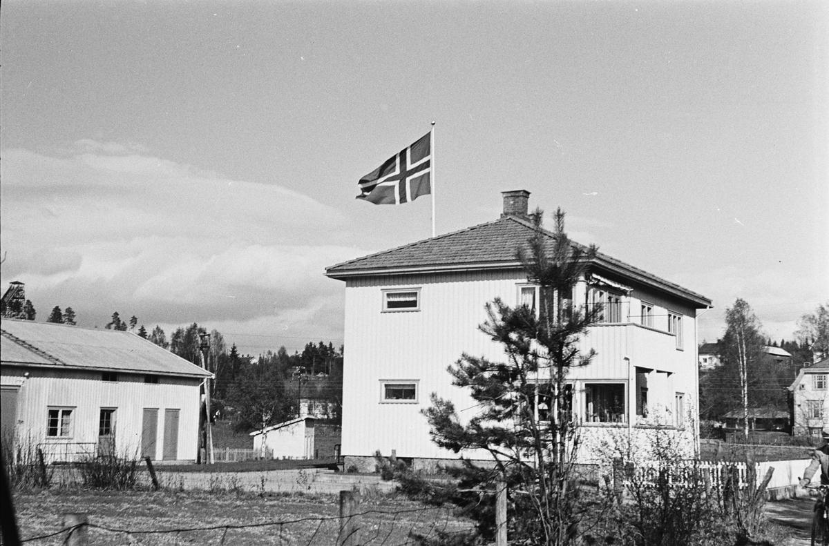 17. mai. Elverum. 1953. Vangen, Korsbakkvegen.